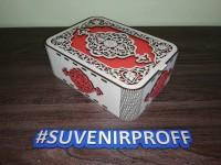 Узорная коробка с гибкими стенками 20*15*7 см красная