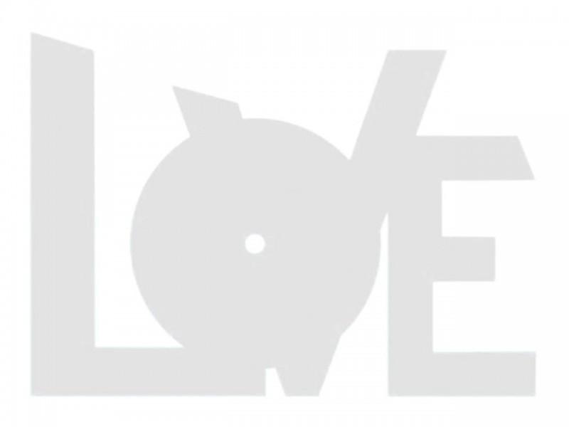 Часы деревянные LOVE 23х17 см