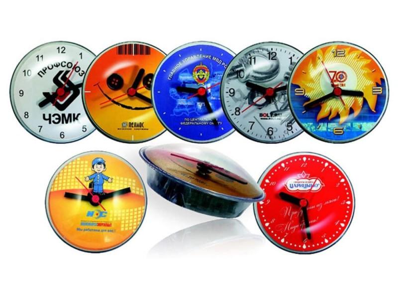 Часы акриловые на магните d=10 см (прозрачный корпус)