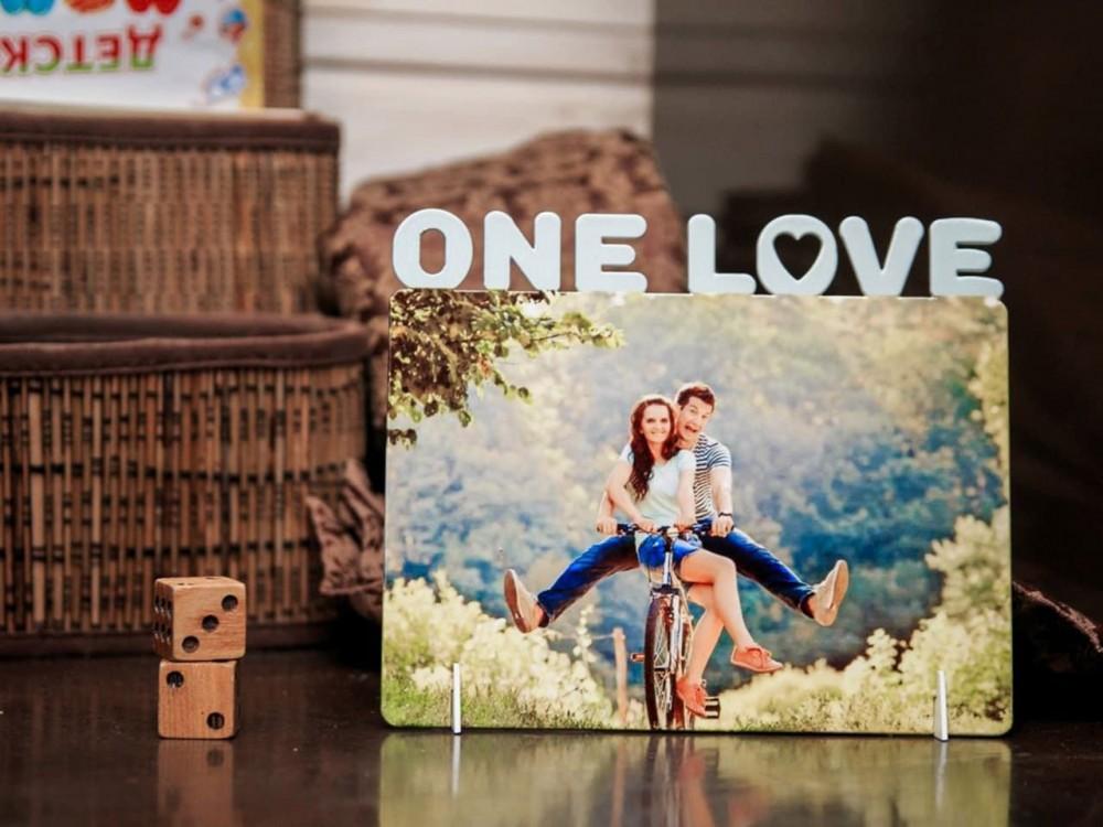Фоторамка металлическая One Love