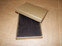 Подарочная упаковка золото с тиснением лен прямоугольная 12*16*3 см