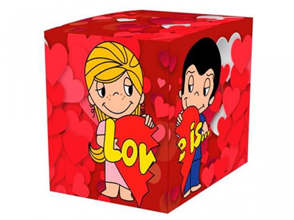 """Коробка для кружки """"Love is"""""""
