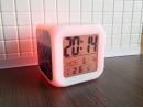 Часы-будильник меняющие цвет